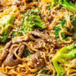 Китайская лапша с говядиной и брокколи
