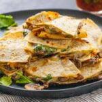Кесадильи с грибами и сыром