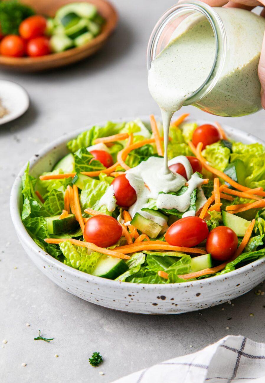 Заправка для салата из семян конопли